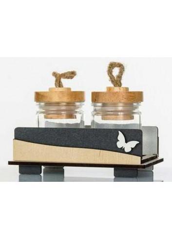Barattolini portaspezie con base in legno - applicazione farfalla D5728 Cuor Raggiante Cuorematto