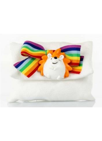 Bustina con riccio con nastro arcobaleno D5973 Sacchettini Cuorematto
