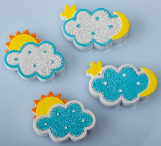 Magnete nuvoletta azzurra 4 modelli assortiti B9265 Kharma Living