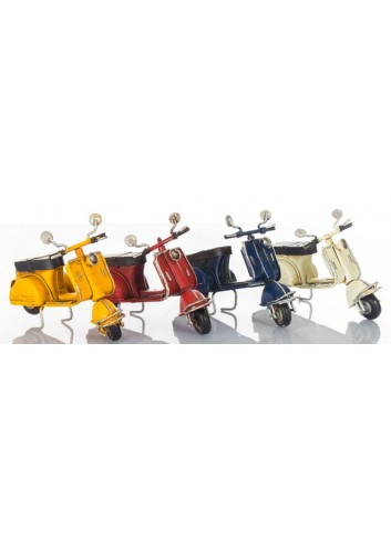 Scooter piccolo L. 10 cm 4 colori assortiti E1816 Kharma Living