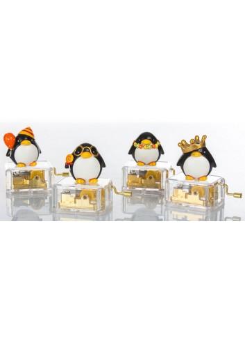 Pinguino su Carillon 4 soggetti assortiti C2005 Kharma Living