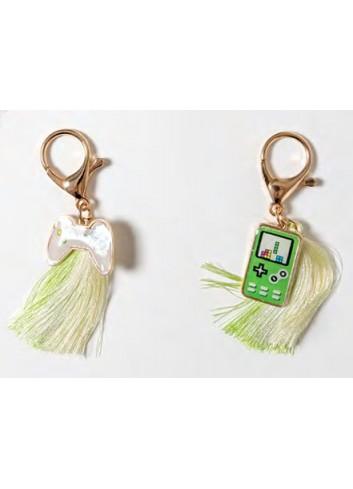 Portachiavi Joystick e Cellulare 2 soggetti assortiti B2204 Fashion Style Ad Emozioni