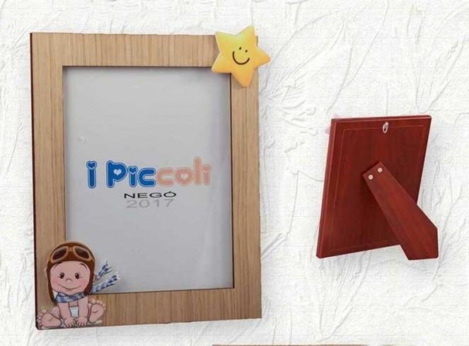 Portafoto in legno di rovere con applicazione bimbo o bimba I Piccoli LEG-01/02/03/04 Negò