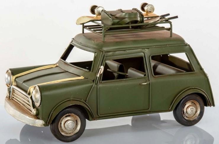 Auto mini verde L. 25 cm E3310 Kharma Living